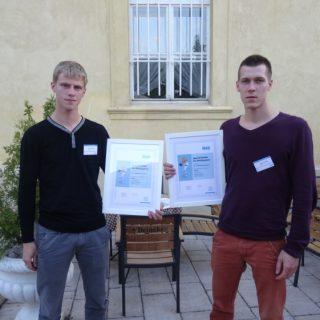 Ar diplomiem, kas apliecina dalību konkursā un sasniegto rezultātu